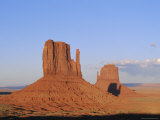 Mittens at Sunset  Monument Valley  Utah  USA
