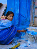 Woman Painting Her House  Jodhpur  Rajasthan  India