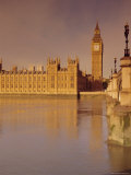 The Palace of Westminster and Big Ben  Across the River Thames  London  England  UK