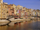 Medieval Houses on the Onyar River with Pont De Sant Feliu  Girona  Catalunya  Spain