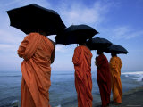 Buddhist Monks Watching the Indian Ocean  Colombo  Island of Sri Lanka  Asia