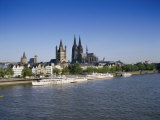 The Cathedral and River Rhine  Cologne  North Rhine Westphalia  Germany
