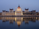 River Danube and Parliament Building  Budapest  Unesco World Heritage Site  Hungary  Europe