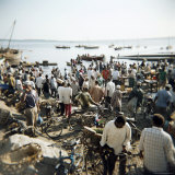 People Waiting on Beach for Dhows to Land Fish  Stone Town  Zanzibar  Tanzania  East Africa  Africa