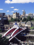 Swing Bridge and Castle  Newcastle (Newcastle-Upon-Tyne)  Tyne and Wear  England  United Kingdom