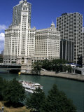 Boat Tours the Chicago River