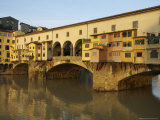 Early Morning Sunrise on Ponte Vecchio at Dawn  Florence  Italy