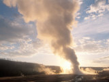 Old Faithful Geyser Erupts at Sunrise  Yellowstone