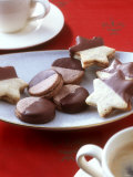 Filled Star Biscuits and Filled Chocolate Cookies