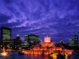Buckingham Fountain and City Skyline  Chicago  Illinois  USA