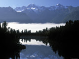 Lake Matheson  Mt Cook  New Zealand