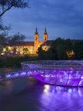 Mur Insel and Mariahilfkirche Church  Graz  Styria  Austria
