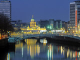 Half Penny Bridge and Custom House  Dublin  Ireland
