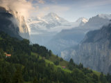 Wengen and Lauterbrunnen Valley  Berner Oberland  Switzerland