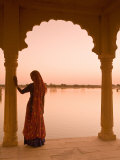 Woman Wearing Sari  Jaisalmer  Rajasthan  India