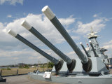Guns on the USS North Carolina Battleship Memorial  Wilmington  North Carolina