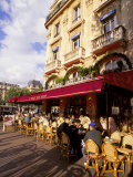 Outdoor Cafe  Paris  France