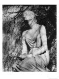Statue at Brompton Cemetery  London  England