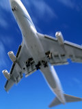 Jetliner Landing  Los Angeles  CA