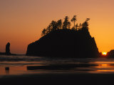 Sunset on Second Beach in Olympic National Park