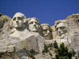 A Tourists Eye View of Mount Rushmore National Monument