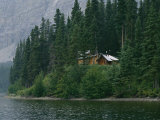 A Traditional Hunting and Fishing Lodge Built on Cli Lake