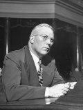 Gov Earl Warren of California