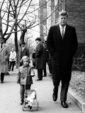 Caroline  Walking with Daddy  President Elect John F Kennedy