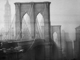 New York City&#39;s Brooklyn Bridge During a Bleak Afternoon