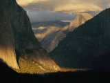 Sunlight Shines on Yosemite Valley
