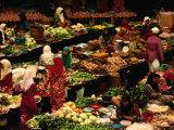 Food Stalls and People at Central Market  Kota Bharu  Kelantan  Malaysia