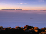 Sunrise Across the Salt Flats  Salar De Uyuni  Bolivia