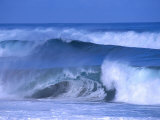 Big Surf at Papohaku Beach  Molokai  Hawaii  USA