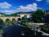 River Dee Flowing Under Bridge Through Town  Llangollen  United Kingdom