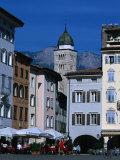 Street Cafe in Piazza Duomo  Trento  Trentino-Alto-Adige  Italy