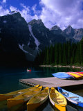 Canoeing on Moraine Lake  Banff National Park  Alberta  Canada