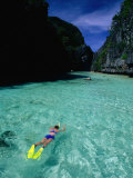 Snorkelling in the Big Lagoon  El Nido  Miniloc Island  Palawan  Philippines