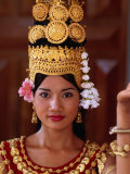 Portrait of Dancer  Siem Reap  Cambodia
