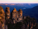 Three Sisters Rock Formation Katoomba  New South Wales  Australia