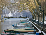 Lake Annecy and Boats Along Canal du Vasse  Annecy  French Alps  Savoie  Chambery  France