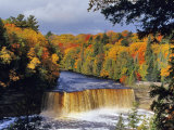 Upper Tahquamenon Falls  Michigan  USA