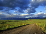 Gravel Road in the National Bison Range  Mission Mountains  Montana  USA