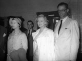 Marilyn Monroe with New Husband Arthur Miller and Vivien Leigh at Press Conference
