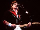 Dire Straits Singer in Concert at Wembley Arena
