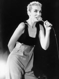 Eurythmics Star Annie Lennox in Concert at a Beachside Gig