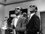 Eddie Murphy Taking off and Singing with Stevie Wonder  July 1988