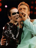 Annie Lennox &amp; David Bowie Singing at Freddy Mercury&#39;s Wembley Aids Concert