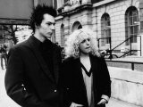 Sid Vicious with Nancy Spungen at Marylebone Magistrates Court on Drugs Charge