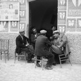 Men in Conversation in Accettura