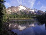 Russel Lake in Mt Jefferson Wilderness  Oregon  USA
